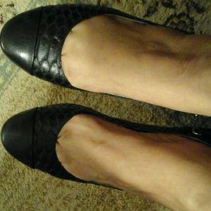 MICHAEL Michael Kors Shoes - MICHAEL Michael Kors Dion Flats - EUC